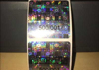 Felülnyomott hologram matrica