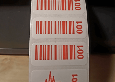 Felülnyomott VOID matrica
